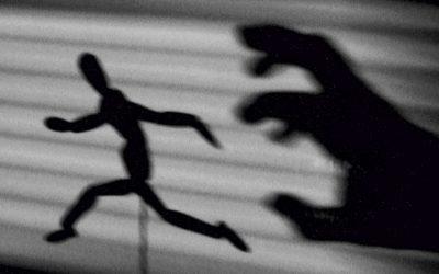 L'attacco di panico: il tentativo di controllo che fa perdere il controllo, di Efrem Sabatti