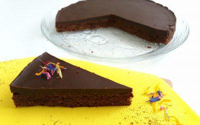 DARK NOIR CAKE, di Marina F